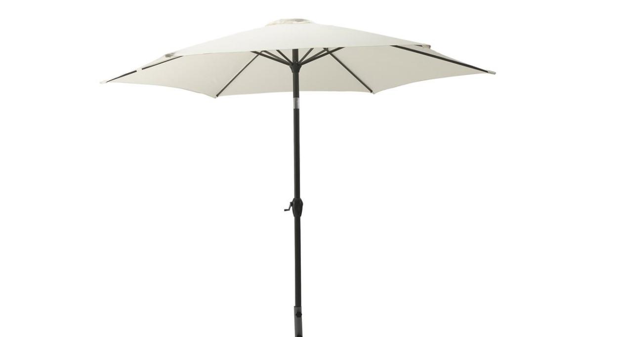 Klassisk parasol med tilt, som er praktisk og robust.